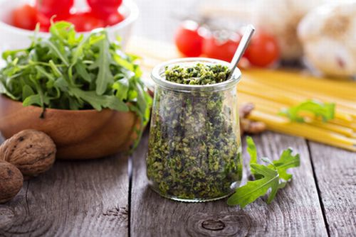 Walnuss Pesto im Glas
